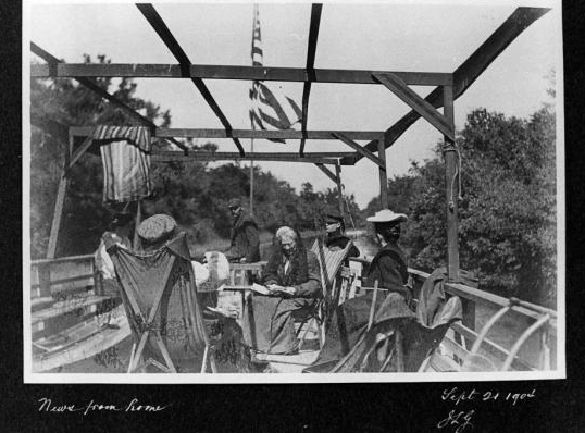 A 1904 cruise on the canal.